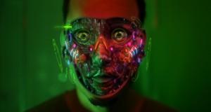Le court-métrage Science-Fiction du Jeudi : «True Skin» de Stephan Zlotescu (2012) | L'implant artificiel dans toute sa splendeur