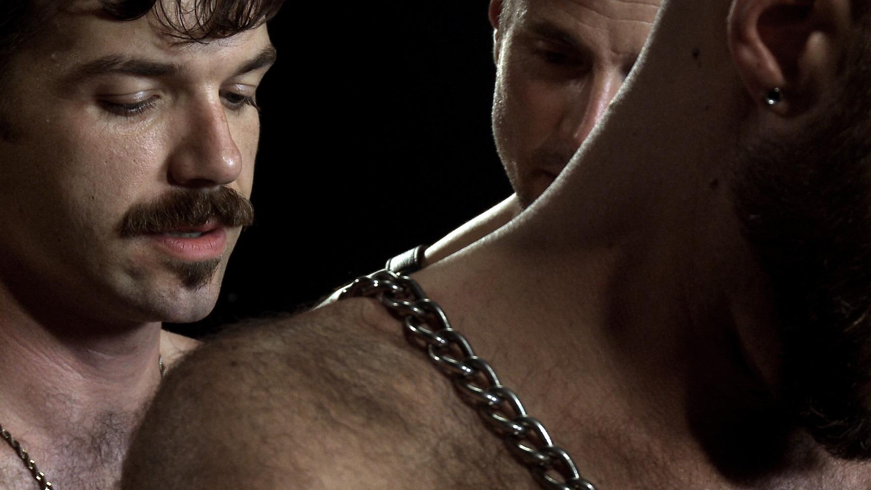 Смотреть онлайн садо мазо над рабами, Садо Мазо - женское доминирование русские Mom 10 фотография