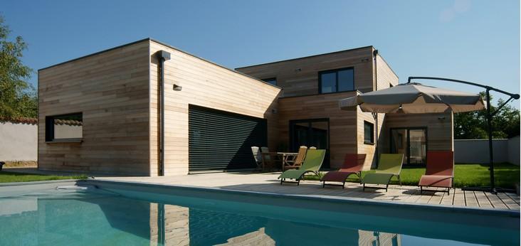 Tournage lyon recherche maison pour le tournage du court for Maison bois design contemporain
