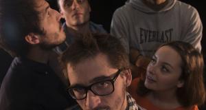 Casting Lyon : Recherche Comédienne de petite taille pour mockumentary « Le Quatrième Mur »